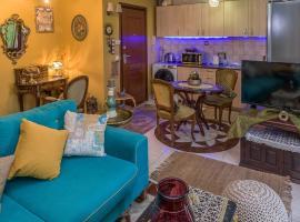 Luxury Marina Apartment in Alexandroupolis, pet-friendly hotel in Alexandroupoli