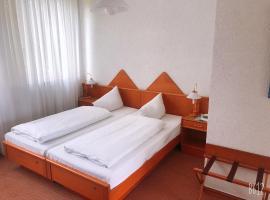 Domizil Eschborn, hotel near Main-Taunus-Zentrum, Eschborn