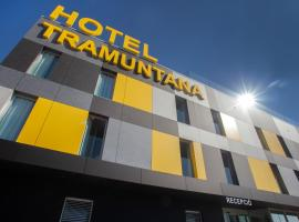Tramuntana, hotel en La Jonquera