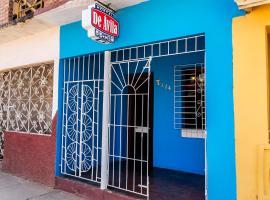 Hostal Marlenis D´ Avila, bed & breakfast a Trinidad