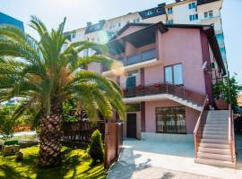 Guest house Granat, budget hotel in Adler