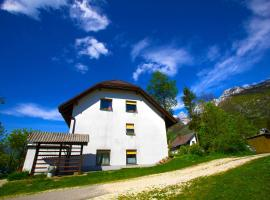 Bovec Holiday House, hotel v mestu Bovec