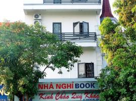Nhà nghỉ Book, khách sạn ở Hoàn Giáp