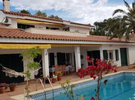 """Villa """"Framon """", homestay in Cambrils"""