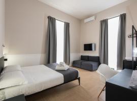 Dante Boutique Rooms, hotel in Naples