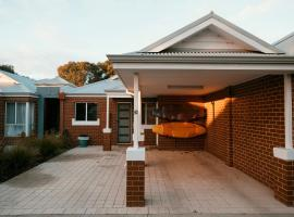 FortyThree - Oceanside Retreat Busselton, vacation home in Busselton
