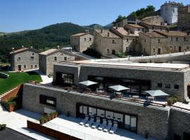 Borgotufi Albergo Diffuso, hotell i Castel del Giudice
