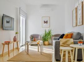 Phaedrus Living: Seaside Luxury Flat Lighthouse 67, hotel near Paphos Harbor, Paphos