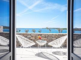Paros Comfy Suites, hotel in Naousa
