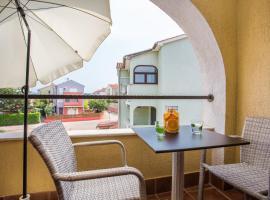 Apartments TB, hotel in Porat