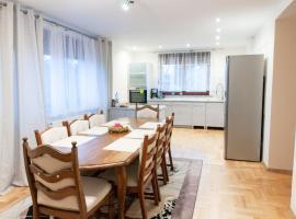 Apartament Bardzo Popularny, self catering accommodation in Bolesławiec