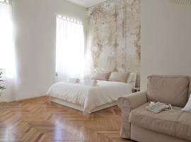 Rapanus Suites, hotel cerca de Centro Palatino, Turín
