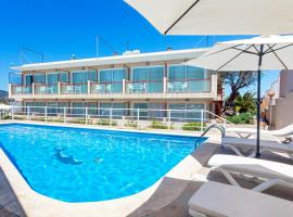 Hostal Molins Park, hotel in Ibiza City Centre, Ibiza Town