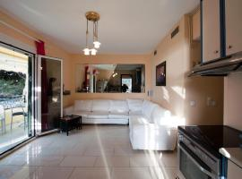 Afroditi, pet-friendly hotel in Glyfada