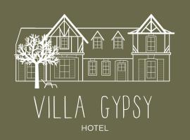 Villa Gypsy Hôtel, hotel near Deauville-Clairefontaine Racecourse, Deauville