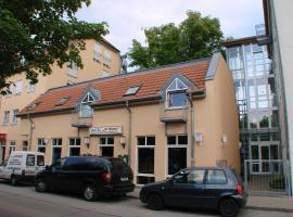 Filmhotel Lili Marleen, hotel in Potsdam