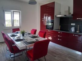 Holiday House Ivan, hotel near Zadar Airport - ZAD,