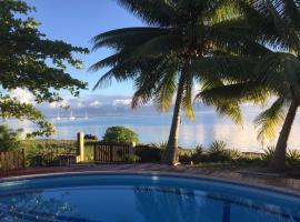 #5 Beach Villa Bliss by TAHITI VILLAS, hotel in Papetoai