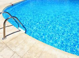 Lake & Pool, apartment in Nago-Torbole
