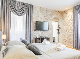 Apartment Ivan, hotel in Split