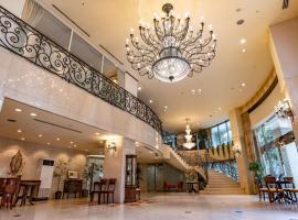 Shonan Crystal Hotel, hotel in Fujisawa