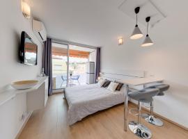 Studio la Plage, hotel near La Palmosa Hospital, Roquebrune-Cap-Martin