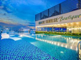 Grand Sunrise Boutique Hotel, отель в Дананге