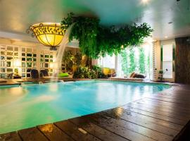 Diamond City Hotel SHA Certified, hotel near Bangkok Art & Culture Centre, Bangkok