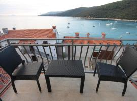 Rooms by the sea Rabac, Labin - 3016, B&B in Rabac