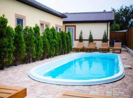 Yani Cottage Complex, self catering accommodation in Vityazevo