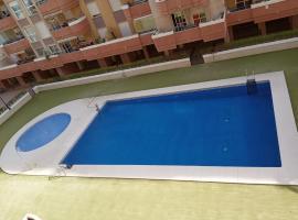 Maravilloso apartamento en la playa en Málaga capital, hotel dicht bij: Sportpaleis José María Martín Carpena, Málaga