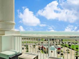 Emerald by the Sea Condo with Beach View, apartment in Galveston