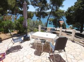 Apartments by the sea Mali Losinj (Losinj) - 2489, hotel near Losinj Airport - LSZ,