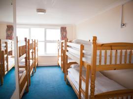 Berties Lodge, hostel in Newquay