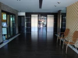 At home place โรงแรมใกล้ มหาวิทยาลัยรังสิต ในปทุมธานี
