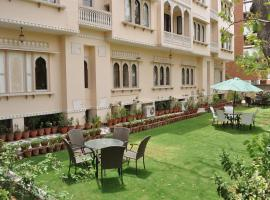 Om Niwas Suite Hotel, apartment in Jaipur