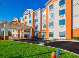 Comfort Inn & Suites Maingate South, hotel in Davenport