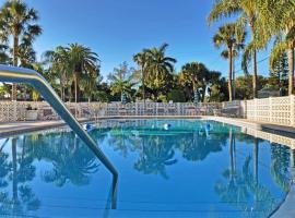 Siesta Key Beach 5950 #317, budget hotel in Sarasota