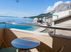 Apartments by the sea Drasnice, Makarska - 6697, hotel in Drasnice