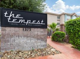 The Tempest Hotel Tempe ASU, Ascend Hotel Collection, hotel in Tempe