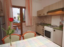 Apartments by the sea Novigrad - 7335, apartment in Novigrad Istria