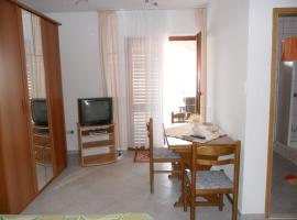Haus Hanni, self catering accommodation in Rogoznica