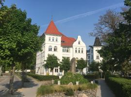 Hotel Pension Haus Colmsee, hotel in Binz