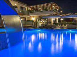 Hotel Porta Rosa, hotell i Ascea