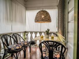 Eko Cozy Guest House, vacation rental in Saint John's