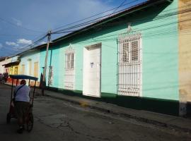 Hostal Elena, bed & breakfast a Trinidad