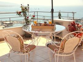 Piraeus Lux Secret, hotel near Veakeio Theatre, Piraeus