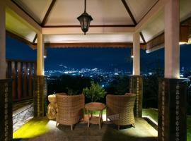 Shanty's House, hotel near Selecta Amusement Park, Batu