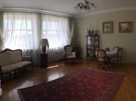 улица Некрасова, 32 Апартаменты, апартаменты/квартира в Ярославле