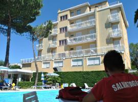 Hotel Bahama, hotel in Rimini